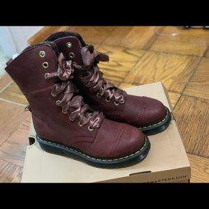Dr Martens aimilita grizzly cherry red